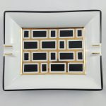 cendrier motif rectangle noir et or brillant