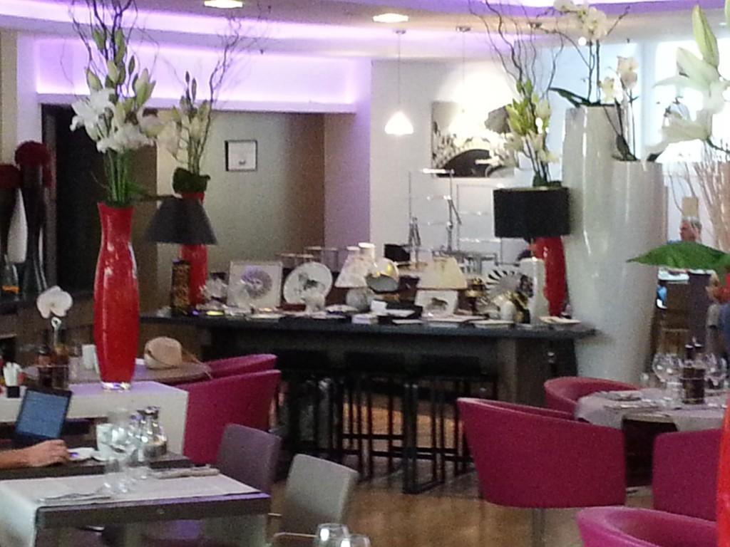 Stand Fleur de Porcelaine Boulogne à l'hôtel Marriott Paris Boulogne