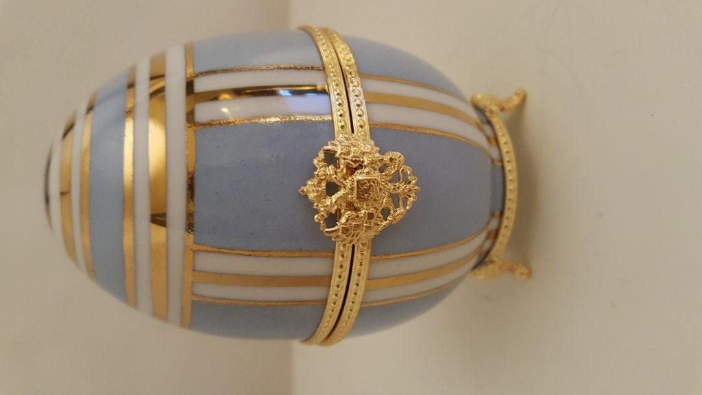 Oeuf PM bleu et or brillant